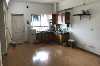 Chính chủ cần bán căn hộ chung cư tòa TTTM Xa La, nội thất cơ bản, sổ đỏ chính chủ. Giá bán 946tr.