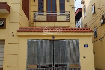 Gia chủ cần bán ngôi nhà 2.5 tầng
