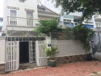 Cho thuê biệt thự sân vườn khu Nam Long Trần Trọng Cung Q7, vị trí nhà thoáng, LH 0911443499
