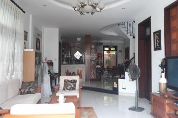 Cho thuê biệt thự DT: 250m2, KDC Bình An, Quận 2, LH Quân 0901380809