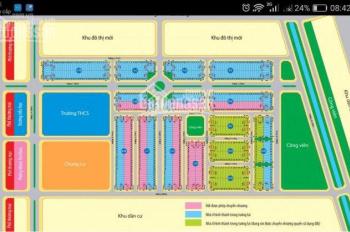 Cần bán gấp một lô giá rẻ lô màu xanh lá ra sổ 136m2 giá 12.4 tr/m2, dự án Richland, LH: 0931139868
