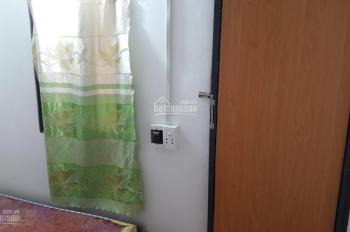 Phòng riêng, 1 người ở, full nội thất, giờ tự do, máy lạnh, sát Vinhomes, Quận 1 LH 0938 969 365
