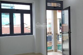 Cho thuê nhà đường Hà Tôn Quyền, P4, Q11, nhà sang trọng giá chỉ 16,5tr/th MTG
