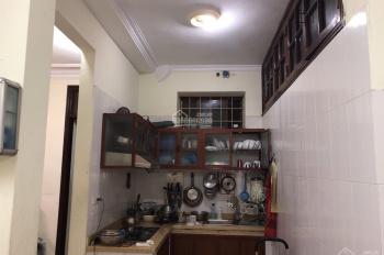 Bán căn hộ Chùa Bộc, Đống Đa, 80m2, 3PN, 1 vệ sinh, 1PK, 1 bếp, giá 2,1 tỷ
