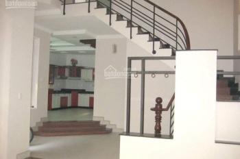 Cho thuê nhà Phường Thảo Điền, Quận 2, đường Đỗ Quang, DT=135m2, giá 34tr/tháng - MS 110
