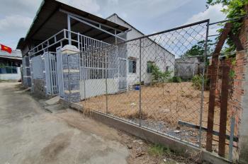 Chính chủ bán đất cực rẻ DT 10mx19m, HXH thông đường lớn tặng nhà cấp 4 mới xây. LH: 0918270044
