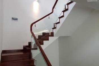 Bán chính chủ biệt thự song lập Marina Ecopark lô 36, hoàn thiện cả nhà, hướng Nam, giá bao phí
