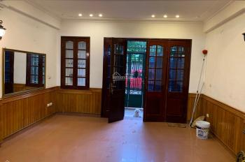 Cho thuê nhà trong ngõ 97 Văn Cao, Liễu Giai, Ba Đình, Hà Nội