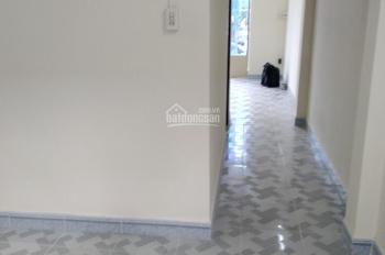 Cho thuê nhà chung cư Đ Âu Cơ, Lê Ngã, Tân Phú, 4m x 12m, 1 lầu, 3PN đẹp giá 5,5 triệu 1/thang