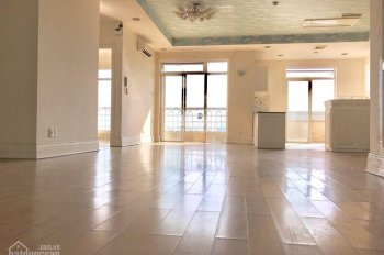 Bán căn hộ Hoàng Tháp Plaza, Bình Chánh, 154m2, 3PN, 2wc, NTCB, giá 4 tỷ 950, LH: 0853333465