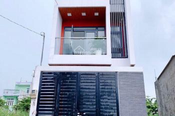 Bán nhà 1 trệt 2 lầu sau khu đô thị Đông Tăng Long, Quận 9