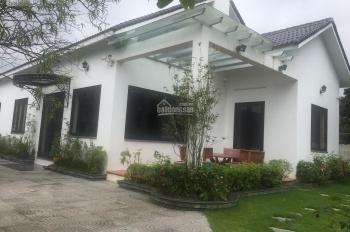 Cần bán khuôn viên biệt thự nhà vườn vip tại Phú Mãn, Quốc Oai, Hà Nội, DT: 918m2