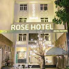 Bán gấp khách sạn 2 sao đường Hoàng Việt - khu sân bay, Quận Tân Bình, 14x20m, 8 tầng. Giá 62 tỷ