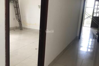 Nhà nguyên căn Nguyễn Hữu Thọ giá mềm