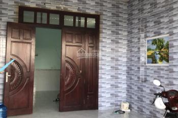 Bán gấp căn nhà giá rẻ chính chủ, ngay khu CN Tân Đức, DT 125m2, giá: 1tỷ6, LH: 0359944578
