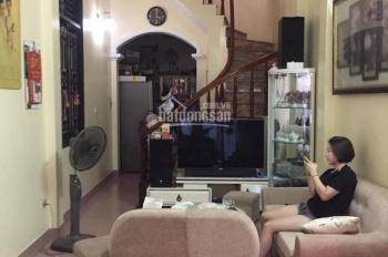 Bán nhà mặt ngõ phố Khương Đình, Quận Thanh Xuân. Dt 42m2. Lh Thành Trung 0916138381
