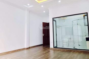 Trời ơi, không thể tin được bán nhà giá rẻ ngay tại trung tâm P. Bồ Đề, Long Biên. LH 0366939906