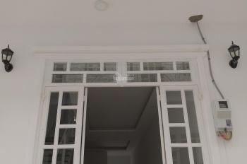 Chính chủ cho thuê nhà mới 2 PN, đẹp và rẻ giá 4,5 triệu/ tháng