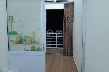 Cho thuê nhà ngõ 193 Văn Cao, giá 8 triệu/tháng, Liên hệ: 0704197668