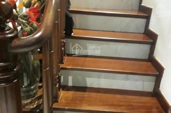 Bán nhà mặt phố Hàng Buồm, Hoàn Kiếm. Đang cho thuê kinh doanh 40tr/th, DT: 30m2, giá: 17 tỷ