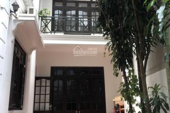 Bán biệt thự sân vườn (DT 120m2) biệt thự 5 tầng, xóm Chùa, phố Đặng Thai Mai, Tây Hồ, Hà Nội