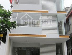 Nhà phố mặt tiền KDC Saigon Pearl cho thuê MT Nguyễn Hữu Cảnh, Bình Thạnh