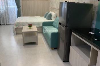 Cần bán gấp căn hộ EverRich Q5, giá 2.3 tỷ, full nội thất. Xem nhà thực tế 0903 11 55 16