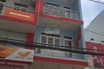 Cho thuê gấp nhà 8 phòng mặt tiền đường Hưng Phú, P. 9, Q. 8