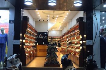 Cần sang nhượng cửa hàng tại Chùa Bộc. Liên hệ: 0842628866