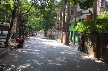 Cho thuê mặt bằng làm nhà hàng tại phố đường Láng, 90m2, mt 10m, giá 12,5tr/th
