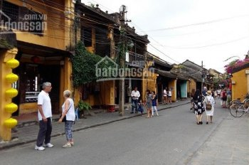 Cần bán nhà mặt tiền đường Trần Phú, gần chùa Cầu, trung tâm phố cổ Hội An