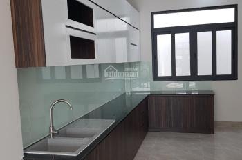 Bán nhà đường bê tông 5m, Nguyễn Thị Định, p. Thạnh Mỹ Lợi, Q2