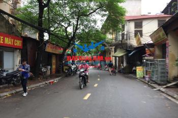 Bán lô đất 36m2 trục chính Cửu Việt, Trâu Quỳ, Gia Lâm, mặt kinh doanh, view hồ. LH: 0911882281