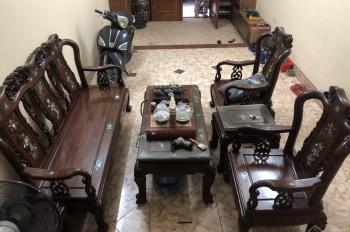 Cho thuê nhà 80m2, xây 4 tầng trong ngõ phố Ngọc Hà, Ba Đình, Hà Nội, gần Lăng Bác