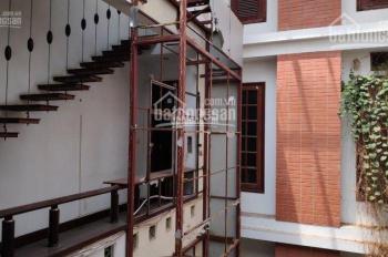 Cho thuê nhà mặt phố Bùi Thị Xuân, Hai Bà Trưng, DTSD: 600m2, MT: 6,3m, giá thuê: 139tr/tháng