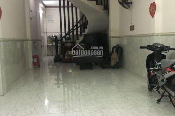 Cho thuê gấp nhà đẹp hẻm 6m thông đường Tân Hương, DT: 4x15m, 4 lầu, hẻm 6m, khu an ninh