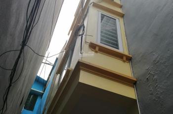 Bán gấp nhà cũ 3 tầng dân xây ở kiên cố, ngay đường 19/5 Văn Quán DT32m giá chỉ 2,35 tỷ 0983299323