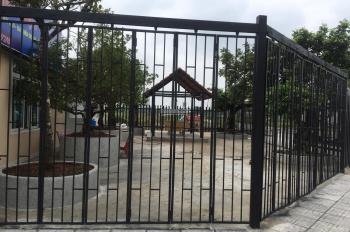 Cho thuê đất mặt tiền đường dự án Phú Nhuận, P. Phước Long B, Q9. DT: 200m2, giá 9 tr/th