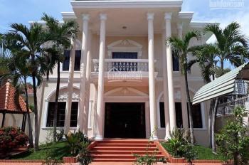 Bán biệt thự kiến trúc Pháp P. Thảo Điền, 647m2, giá đất chi 85 triệu/m2