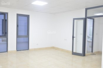 Cho thuê tầng 2 của biệt thự làm văn phòng tại Văn Phú, gần Văn Phú Victoria, giá 5tr/ tháng, 87m2