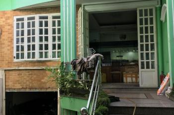 Cho thuê nguyên căn nhà mặt tiền Trường Chinh, P. 15 Tân Bình. DT: 140m2, giá: 500m2 50tr/tháng