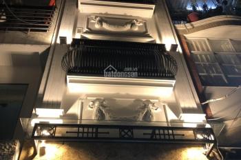 Cho thuê nhà 5 tầng thang máy 8PN MT Sương Nguyệt Ánh, Quận 1. Diện tích: 5x15m giá 128tr/th
