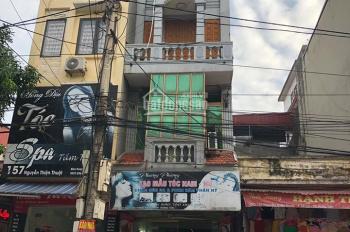 Cần bán gấp nhà 5 tầng mặt phố TP Hưng Yên, LH 0352472691