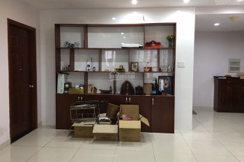 Bán gấp CH Hyco 4 Nguyễn Xí, Bình Thạnh, 132m2, 3PN, 3WC. LH. 0974 243 372