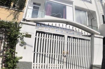 Xuất cảnh bán gấp nhà HXH Lạc Long Quân Tân Bình, biệt thự đẹp lung linh ngang 6.5m giá rẻ 8.7 tỷ