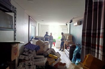 Cho thuê cửa hàng mặt phố Phạm Ngọc Thạch bên tập thể, DT 90m2, MT 4.5m, 50tr/th. LH 0974739378