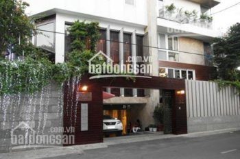 Cho thuê gấp nhà nguyên căn đường Lê Ngô Cát, P7, Q3. 15x24m, khu vip để kinh doanh. 0919117186