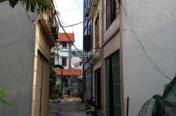 Bán nhanh lô đất 40m nằm trong khu vực đông dân cư, cách trục chính làng 30m, LH 0975.369.828