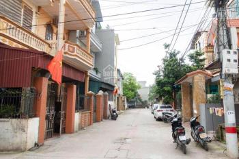 Bán nhà 3 tầng + đất trục chính làng Cam, cách ngã tư Trâu Quỳ 600m