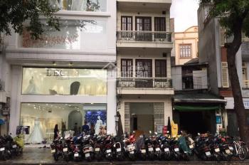 Bán nhà mặt phố Bà Triệu kinh doanh sầm uất, thanh khoản cao nhà đẹp